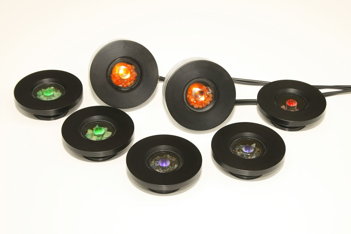 photo of theragem professional T1002 gem lamp machine showing the different gem cups - 2 emerald, 2 saphire, 1 ruby and 2 diamond and carnelian